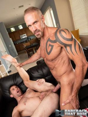 BarebackThatHole – Sex and Travel – Dallas Steele & Brad Rockwell – Bareback